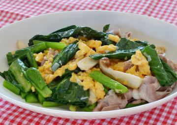 小松菜と豚肉のオイスターソース炒め