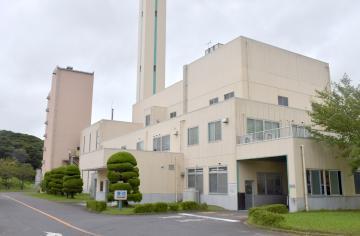 築25年以上が経過している潮来クリーンセンター=潮来市島須