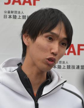 陸上男子走り高跳びで2メートル35の日本新をマークした戸辺直人