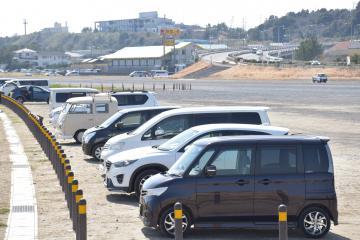 GW期間中に有料化される大洗サンビーチ駐車場=大洗町大貫町