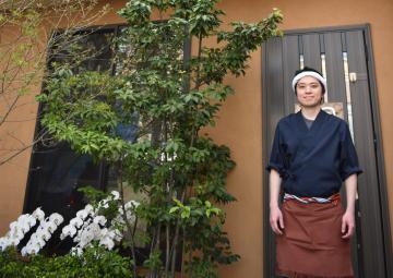 鳥料理専門店居酒屋「鳥名子(とりなご)ひたちなか店」=ひたちなか市表町3-8-1階