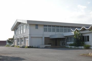 閉鎖が決まった筑西市立関城体育センター=同市犬塚
