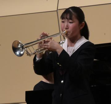小中高生がソロ演奏を披露=大洗文化センター