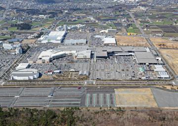 大規模な売り場の改装が進むジョイフル本田のニューポートひたちなか店=ひたちなか市新光町