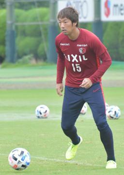 湘南戦でのゴールに期待がかかるJ1鹿島のFW伊藤=クラブハウスグラウンド
