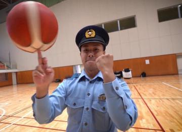 警察業務のやりがいや魅力を語る県警警備部機動隊の大森樹巡査