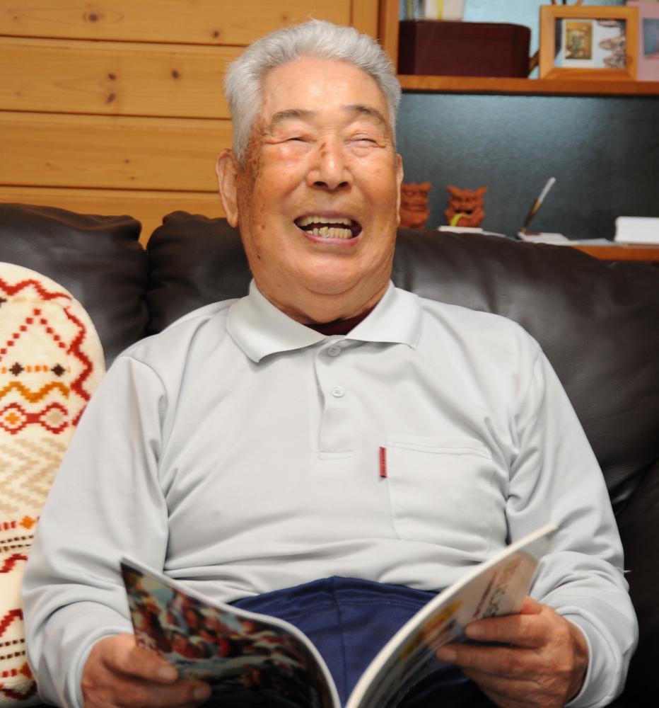 茨城新聞社の取材に応じる木内幸男さん=2018年6月15日、取手市内
