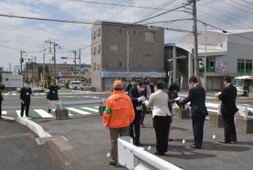 取手駅東口 アクセス道路の拡幅工事が完了 住民ら安全祈願の画像