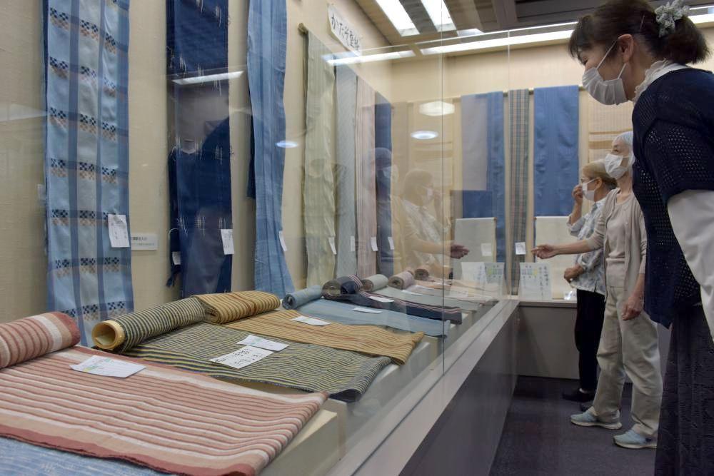 昔ながらの機織り紹介 龍ケ崎の画像