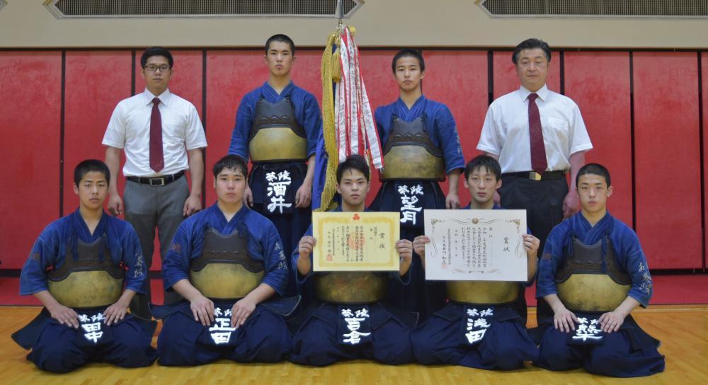 〈剣道男子団体〉4大会連続で優勝した水戸葵陵