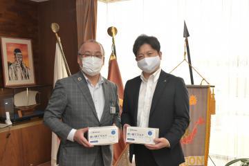龍ケ崎の企業が市に使い捨てマスク寄贈 20万枚、コロナ予防にの画像