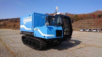 東京電機と諸岡 移動電源車を共同開発 悪路や急勾配走行可能 被災地に電力供給の画像